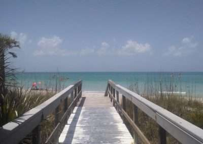 florida-beach-boardwalk-1000x563